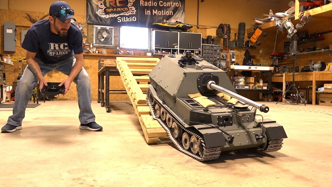 GIANT TANK DESTROYER: FIRST DRIVE! FERDINAND ELEFANT ARMORTEK All Metal 1/6 Scale | RC ADVENTURES