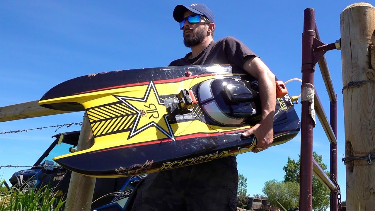 "Man and his GIANT Toy Boat – GAS Powered 48″ ""ROCKSTAR"" starts after 4 years Sitting Idle"