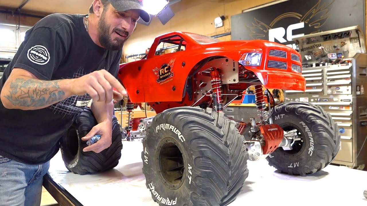MAN speaks of his GIANT 5th scale MEGA MONSTER TRUCK – 49cc GAS POWERED RAMINATOR | RC ADVENTURES