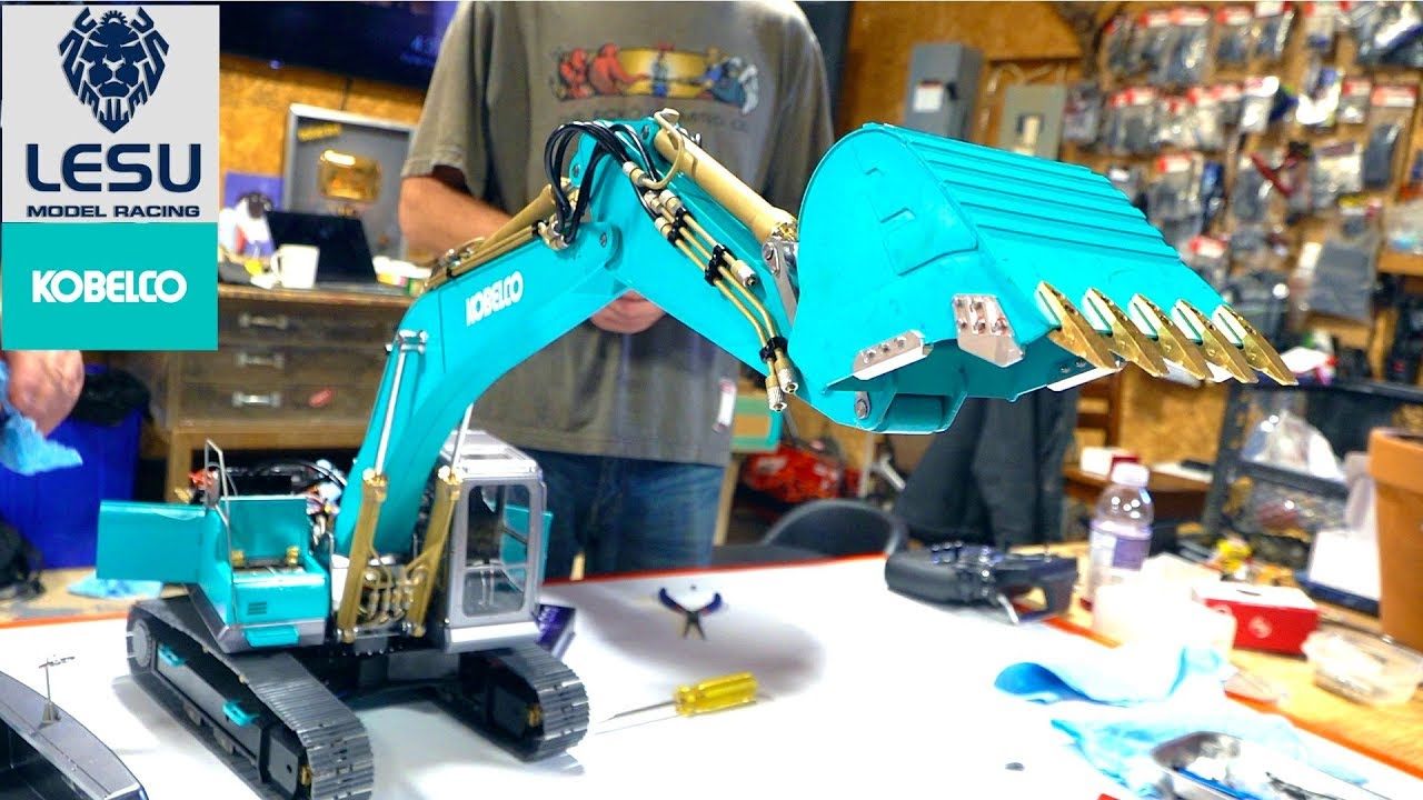 "BUILDING a ""KOBELCO EURO"" EXCAVATOR (Track Hoe) – LESU ALL Metal PC360 Kit PT 5 