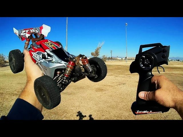 WLToys 144001 Off Road High Speed Drift Buggy RC Car Drive Test Review
