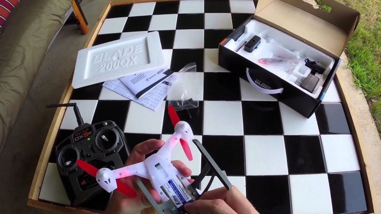 Blade 200 QX Unboxing, Review and First Flight