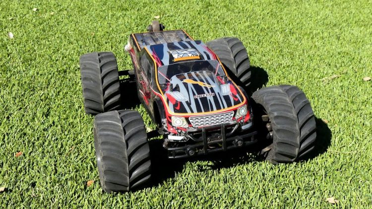 RC Truck Review – JLB Cheetah
