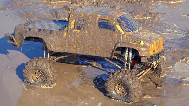 "Project ""OVERKiLL"" 2020 – MUD SOUP, WiNCH ACTiON – BOGGiNG GMC TOP KiCK TRUCK: PT 13 