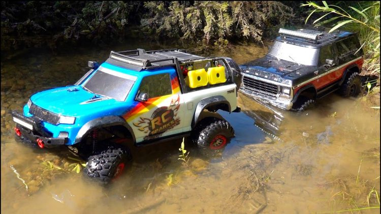 TRAXXAS TRX4 BRONCO and TRX4 SPORT TOYOTA – ON THE TRAIL TOGETHER! RC ADVENTURES TRAILING