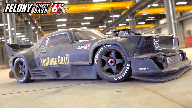 """80mph DRiFTiNG """"FELONY"""" in CLOSED DOWN WAREHOUSE – ARRMA Resto-Mod MUSCLE CAR 6S BLX 
