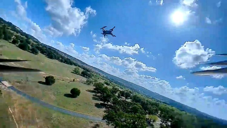 Flying FPV After SpinUp – Chasing Mavic Air 2 and Buzzards