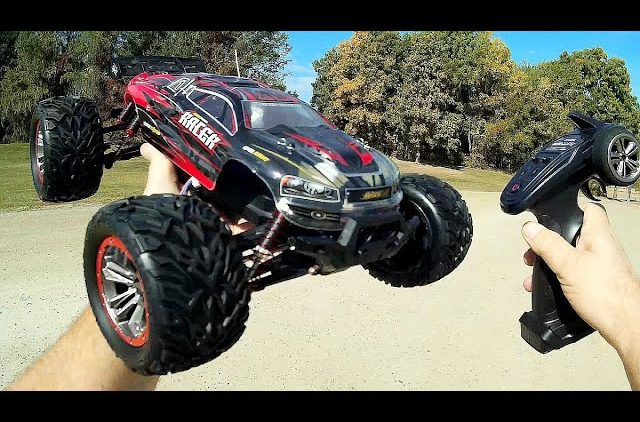 GPToys S921 Long Running RC 4WD Monster Truck Test Drive Review