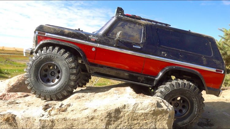GREAT STRESS RELIEF! FORD BRONCO TRAXXAS TRX4 on MONSTER TIRES CAN EAT for DAYS | RC ADVENTURES
