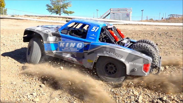 8S 1/6 Super Baja Rey 2.0 4WD Brushless Desert Truck RTR – TRACK TIME! | RC ADVENTURES
