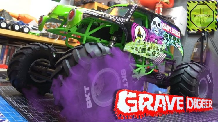 Monster Truck Grave Digger de Axial RC SMT10 ¡IMPRESIONANTE! | DRONEPEDIA